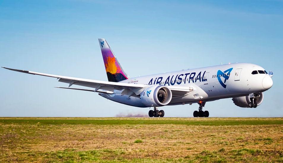 Air-Austral-Boeing-787-Ile-de-La-Reunion